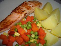 Fruit Salad, Cobb Salad, Dinner, Ethnic Recipes, Diet, Dining, Fruit Salads, Food Dinners, Dinners
