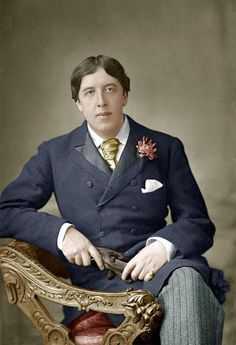 """""""It is what you read when you don't have to that determines what you will be when you can't help it.""""  ― Oscar Wilde"""