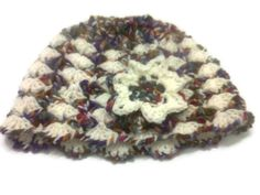Crochet cloche hat with lotus flower by CristinaMyCrochet on Etsy, $18.00