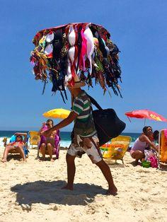 Bikini Vendor - Barra, Rio de Janeiro I Feliz Natal – Boas Festas (Christmas in Rio de Janeiro) | Wanderlusting 4 Life