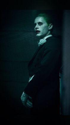 Jared Leto as the Joker in 'Suicide Squad.' (Photo from Empire Magazine) Fotos Do Joker, Joker Pics, Joker Art, Joker Batman, Gotham Batman, Batman Art, Batman Robin, Disney Tapete, Marvel Dc