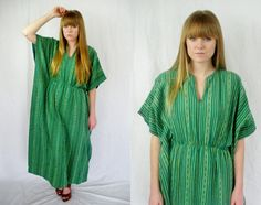 Green caftan maxi dress by TinyWingsVintage on Etsy, $58.00
