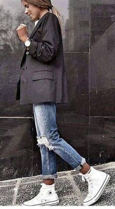 Abiti sportivi: Descrizione looks.tn / The post Abiti sportivi: Descrizione looks.tn / # outfit Stile alla moda appeared first on Italy Moda. Mode Outfits, Jean Outfits, Winter Outfits, Casual Outfits, Summer Outfits, Korean Winter Fashion Outfits, Summer Fashions, Grunge Outfits, Sport Outfits