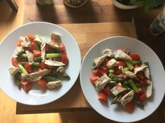 Asparagus salad with chicken and tomatoes.
