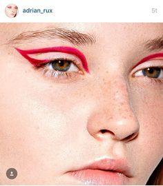 Eyeliner Stamp How To their Eyeliner Pencil Online Shopping. How To Do Eye Makeup For Red Dress save Eyeliner Tape Red Makeup, Skin Makeup, Makeup Art, Cool Makeup, Twiggy Makeup, Simple Makeup, Eyeliner Make-up, White Eyeliner Makeup, Color Eyeliner