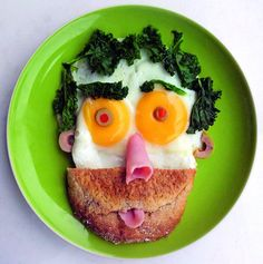 Funny face breakfast