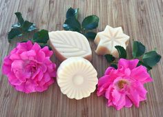 These lovely rose lotion bars are easy to make and a wonderful addition to your homemade bath and beauty projects! Learn how to make these all natural, toxin free lotion bars using a step by step tutorial. Diy Lotion, Lotion Bars, Lotion En Barre, Edible Rose Petals, Berry, Toothpaste Recipe, How To Make Rose, Rose Crafts, Natural Toothpaste