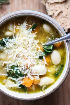 Winter Minestrone | gluten free, vegetarian, easily vegan #glutenfree #vegetarian #vegan