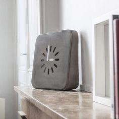 Clock - Life in Progress - Lyon Beton - Do Shop