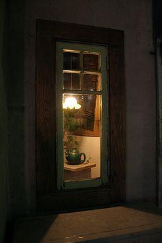 Looking through a quiet window at night.... (via Flickr: Quiet window by sp0ngeback)