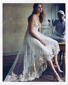 This New Marchesa Wedding Dress Collab Is Ridiculously Dreamy Hi Lo Wedding Dress, Marchesa Wedding Dress, Bhldn Wedding Dress, 2016 Wedding Dresses, Wedding Dress Sizes, Designer Wedding Dresses, Boho Wedding, Bridal Gowns, Wedding Gowns