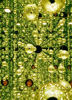 "Yayoi Kusama. ""Infinity Mirror Room, Rain in Early Spring"" (2002).http://www.johncoulthart.com/feuilleton/2006/11/26/the-art-of-yayoi-kusama/ #creativerooms"