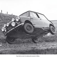 Rally Austin Mini Cooper S getting airbourne! Mini Cooper S, Mini Cooper Classic, Classic Mini, James Hunt, Peugeot, Austin Cars, Automobile, Classic Race Cars, Flying Car