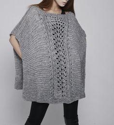 Poncho tejido a mano / capucha gris por MaxMelody en Etsy