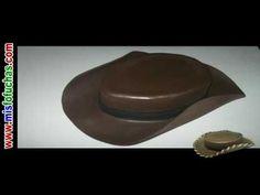 Cómo hacer sombrero de vaquero en foami para disfraz halloween de Woody Toy  Story Disney Pixar a211c0e22e5