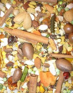 """Bountiful Harvest Blend for Large Birds PER LB  An awesome MyBirdSafeStore custom  parrot/bird food blend consisting of human grade dried vegetables, nuts, fruits, herbs and natural pellets - all very pleasing to your bird's taste buds and HEALTHY! This blend is not loaded with a ton of sugar-coated and sulfured """"filler"""" and contains over 75 different ingredients. Recommended for larger birds, such as macaws or cockatoos. NO PEANUT BLEND.  Buy more and SAVE!"""