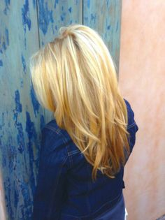 Love this hair cut and color. @Sophie fringe blog