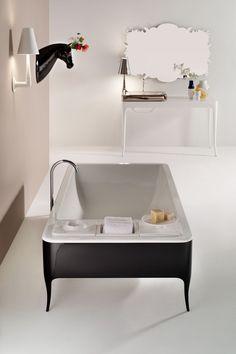 Jaime Hayon. | Bathroom