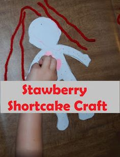 If your daughter likes Strawberry Shortcake, she'll love this easy craft!!