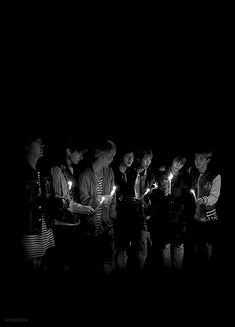 Suga Jungkook Jimin Jin RapMonster V and J-hope Bts Bangtan Boy, Bts Taehyung, Bts Boys, Bts Jungkook, Foto Bts, Bts Photo, Wattpad, Bts Twt, Bts Group Photos