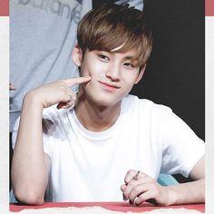 Good night! Ahhh mingyu is definition of sweetness and perfection. © dearest    #kimmingyu #mingyu #gyu #seventeen #svt #saythename17 #17 #17pledis #17carat #세븐틴 #김민규 #민규