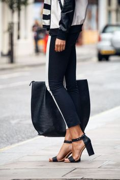 www.prontaevestida.com street style preto branco fashion black white b&w looks