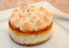Divine cheese cake, which is not fattening! Sugar-free, but sweet! Best Sweets, Salty Snacks, Apple Pie, Tiramisu, Sugar Free, Paleo, Cheesecake, Goodies, Food And Drink