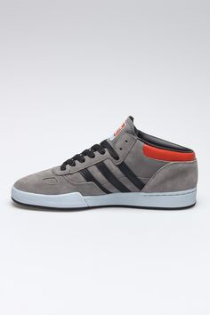 Adidas Ciero Mid Top Sneakers