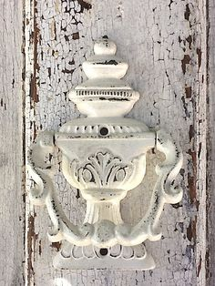 Door Knocker, Old Heirloom White, Chippy and Distressed....CamillaCotton