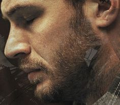 Tom Hardy, somber never looked so sexy