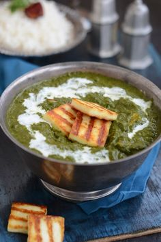 Kashmiri Methi Chaman is a traditional Kashmiri dish made with paneer, spices and methi leaves and is an absolute delight to eat. Indian Paneer Recipes, Kashmiri Recipes, Methi Recipes, Veg Recipes, Curry Recipes, Indian Food Recipes, Asian Recipes, Vegetarian Recipes, Cooking Recipes