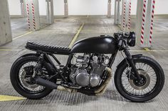 http://robinsonsspeedshop.tumblr.com/post/69268576536/gs750-built-by-robinsons-speed-shop-for-all