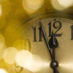 En la víspera del año nuevo surgen toda una serie de reflexiones sobre lo que se hizo y dejo de hacer; mientras que se tiene en mente que se puede empezar de nuevo y cumplir toda una serie de objetivos que intentaremos lograr (desde tener una mejor relación con la familia, tener una mejor condición