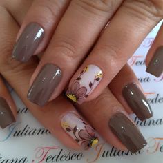 30 beautiful flower nails design ideas You worth trying – Page 24 French Manicure Nails, French Tip Nails, Flower Nail Designs, Nail Art Designs, Nails Design, Elegant Nail Art, Nails 2017, Short Nails Art, Nail Candy