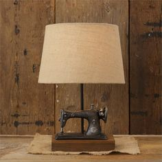 New Primitive Antique Style VINTAGE SEWING MACHINE LAMP Electric Table Light #YHD #Country