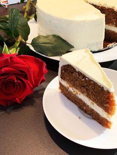 Mrkvový dort (bez lepku a mléka)   Bez lepku Sweet Recipes, Healthy Recipes, Dairy Free, Gluten Free, Sweet Cakes, Cheesecake, Good Food, Food And Drink, Low Carb