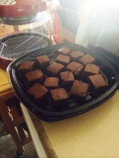 Who's ready for dessert? Sharla B. is; she used her NuWave Oven to bake what she called the moistest brownies she's ever had!   To make these delicious brownies, all she did was prepare a Betty Crocker brownie mix according to the package directions, pour the batter into an 8x8-inch silicone baking pan, and bake on the 1-inch rack on Power Level HI for 42 minutes.