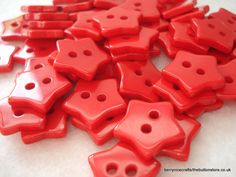 Hey, I found this really awesome Etsy listing at https://www.etsy.com/listing/159142270/13mm-red-star-buttons-pack-of-50-red