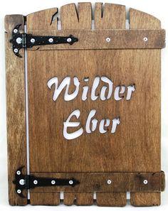 dřevěný jídelní lístek s vyřezaným logem Suitcase, Briefcase