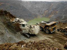 Dig it . Bucyrus Erie, Tonka Toys, Mining Equipment, Caterpillar, Monster Trucks, Construction, Vehicles, Building, Car