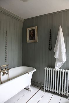 Grey bathroom - Light locations