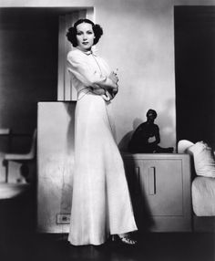 52e889ee2c0a One of America s First Latina Film Stars  Glamorous Photos of Dolores del  RÃo From the