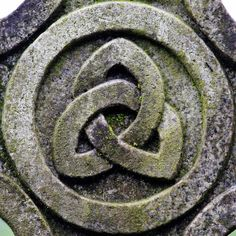 The Triquetra ~ Celtic symbol for the Trinity ~ The Father, Son and Holy Spirit