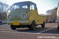 Easy Like Sunday Morning: Cruisin' Yokohama - Speedhunters Small Trucks, Small Cars, Kei Car, Sports Wagon, Easy Like Sunday Morning, Bmw M6, Yokohama, Dream Garage, Old Cars