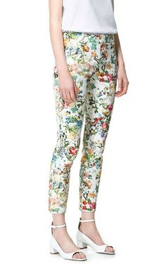 White Butterfly Print Floral Pockets Pant