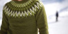 Bilderesultat for islandsgenser Fair Isle Knitting Patterns, Fair Isle Pattern, Icelandic Sweaters, Wool Sweaters, Nordic Sweater, Men Sweater, Free Knitting, Knit Crochet, Sewing