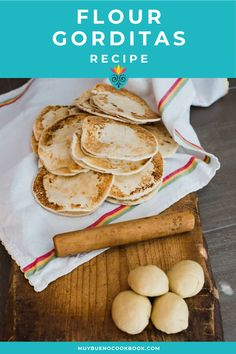 While most traditional gorditas recipes call for corn flour and are fried, I am sharing a recipe made with all purpose flour and cooked on a griddle or comal. #gorditas #harina #flourgorditas #flatbreads #mexicanflatbreads #latinrecipes #mexican #mexicanrecipe #muybueno | muybuenocookbook.com @muybueno Herb Recipes, Side Recipes, My Recipes, Mexican Food Recipes, Cooking Recipes, Gorditas Recipe, Delicious Dishes, Yummy Food, Bueno Recipes