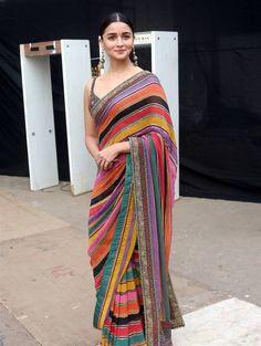 Source by shreyanshin Dresses indian Saree Dress, Saree Blouse, Sari, Sabyasachi Sarees, Lehenga Choli, Classy And Fab, Ethnic Chic, Indian Designer Outfits, Indian Wear