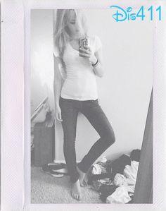 Photo: Dove Cameron's Pretty Selfie