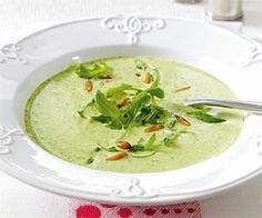 Das Rezept für Feine Rucola-Cremesuppe und weitere kostenlose Rezepte auf LECKER.de (Vegan Recipes Soup)